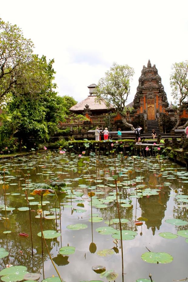 Pura Taman Saraswati water palace