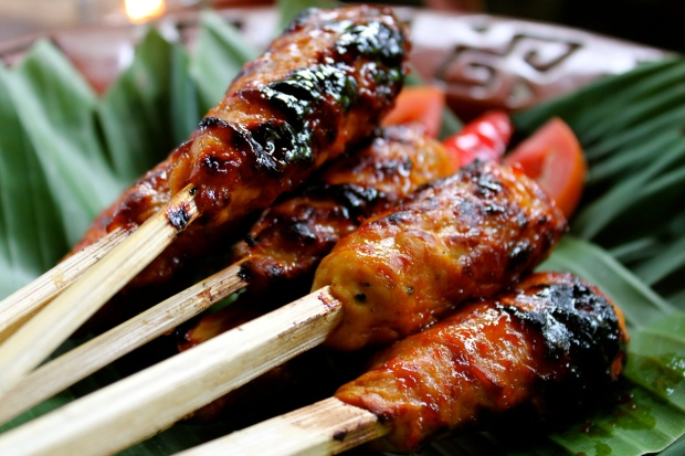 Barbecued chicken satay