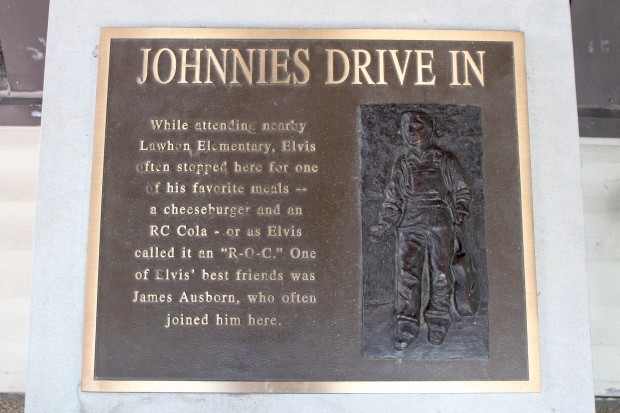 Johnnie's Drive In