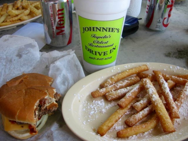 Funnel Cake Fries at Johnnie's Drive In